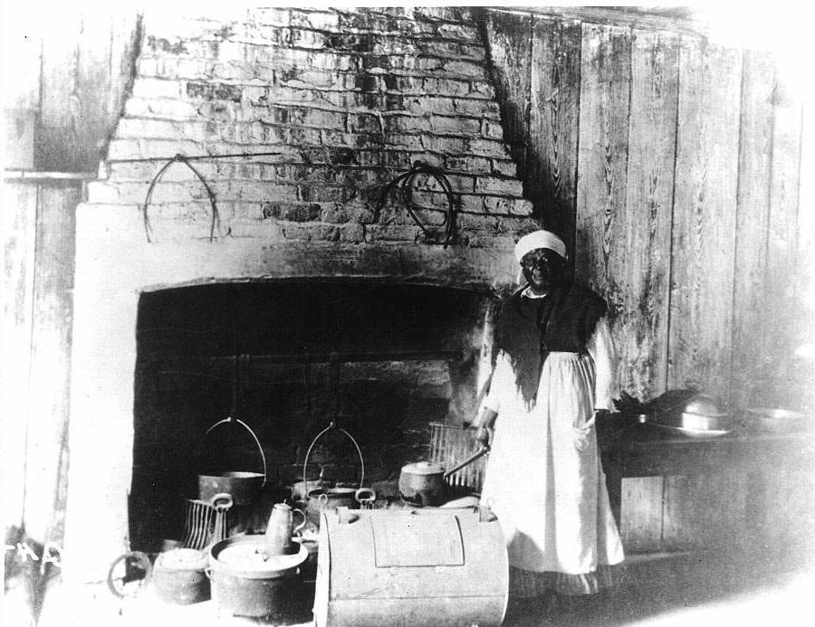 Photos Slaves In Kitchen