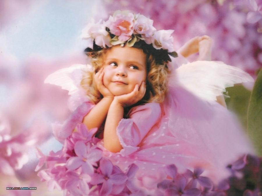 Babies With Flowers Photos