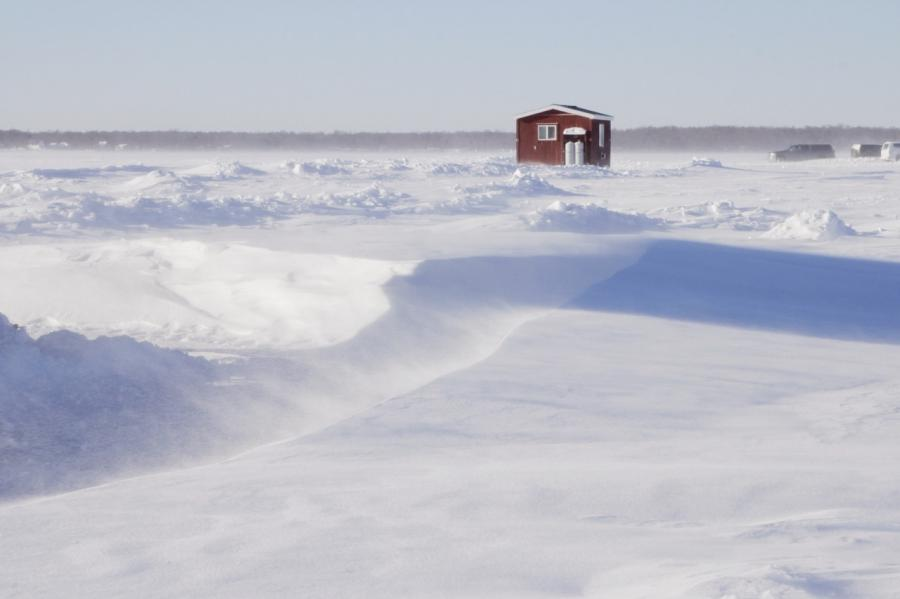 Photos of mille lacs lake fish houses for Lake mille lacs ice fishing