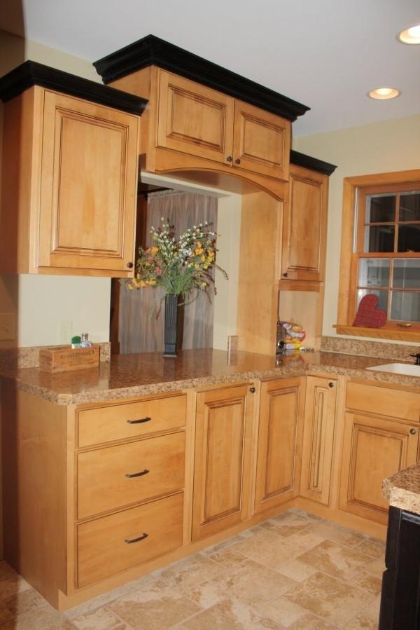 kitchen cabinets crown molding photos. Black Bedroom Furniture Sets. Home Design Ideas