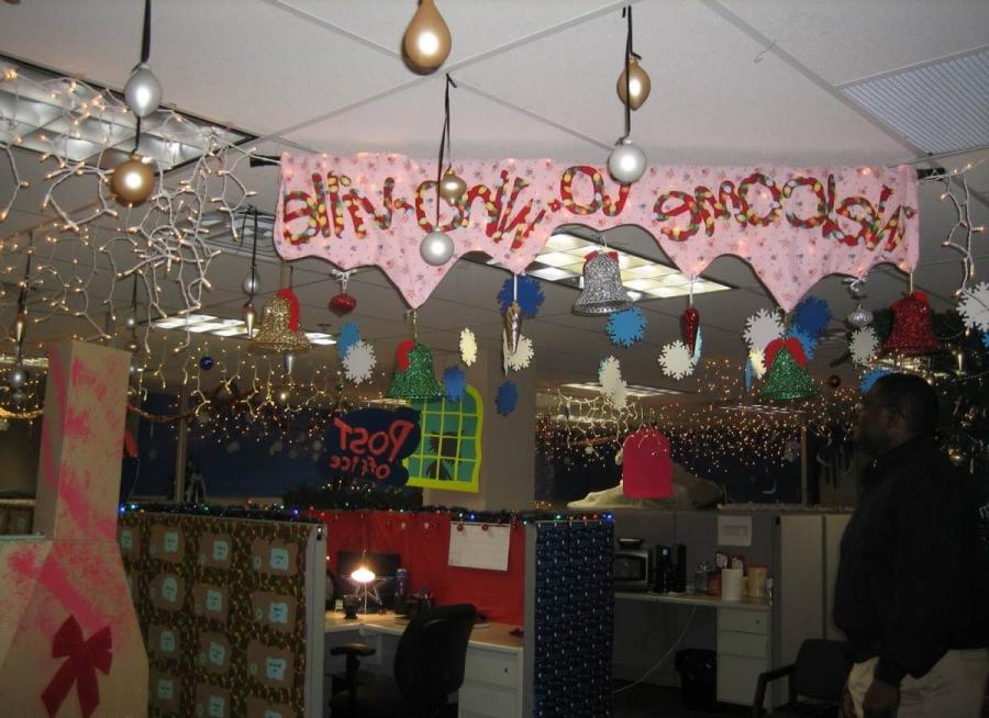 Decorating Ideas > Christmas Decorations In Office Photos ~ 091232_Christmas Decorations For An Office Party