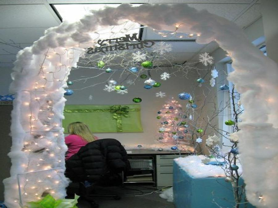 Cubicle Decoration For Christmas Photo