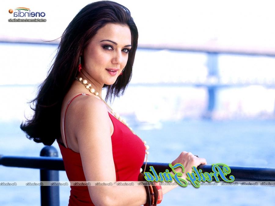 Preity Zinta Wallpapers Photos