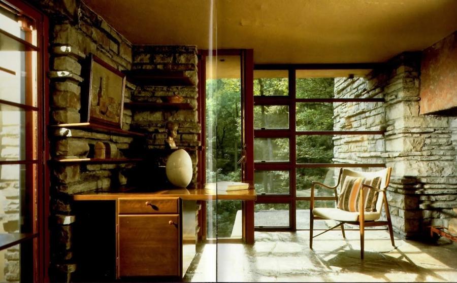 Falling water interior photos for Decoration maison kaufman