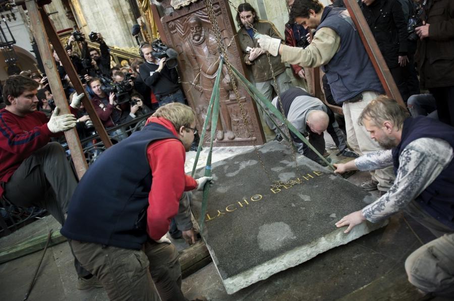 Exhume bodies caskets photos