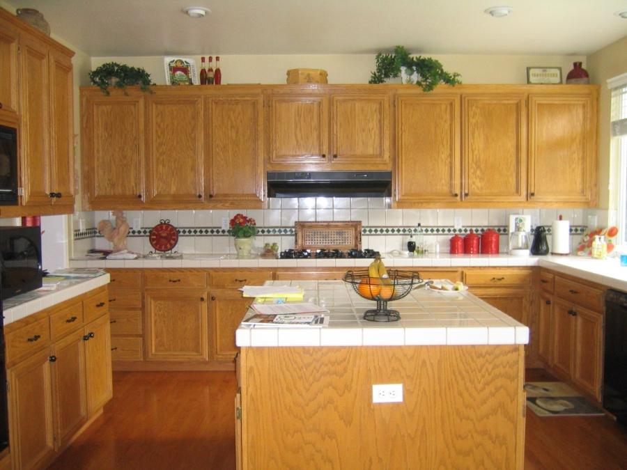 Photos of glazed oak cabinets for Kitchen designs jamaica