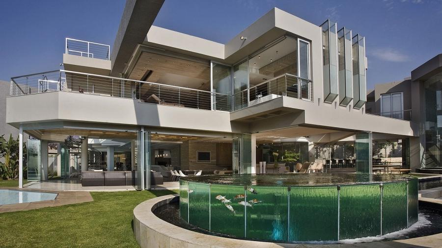 Deluxe White Glass House By Nico Van Der Meulen Architects With...