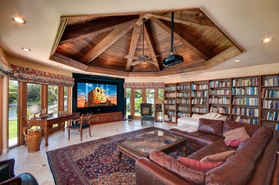 Interior home photos real estate for Local home interior designers