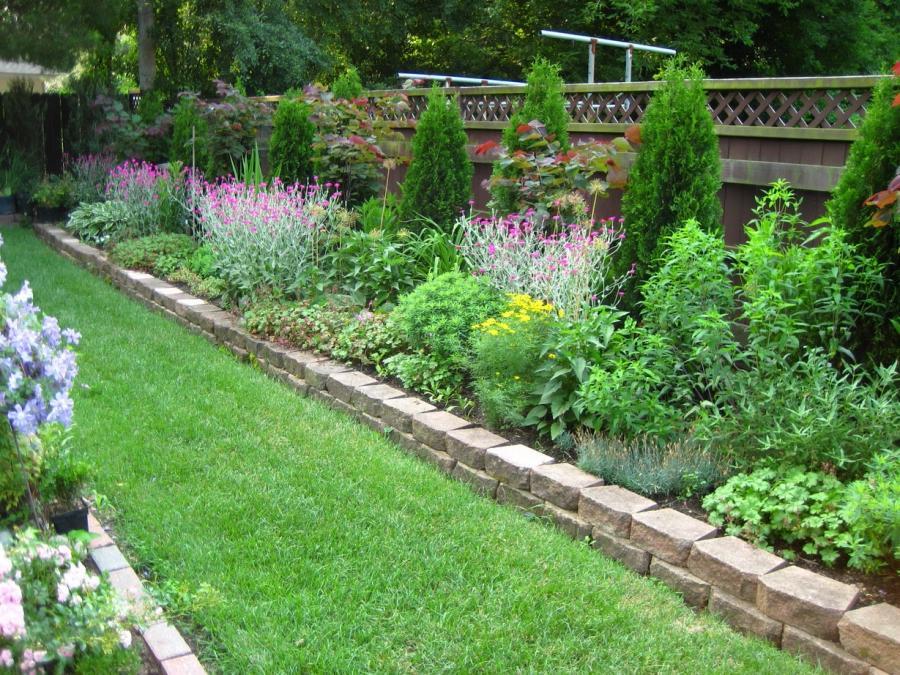 rectangle perrenial garden photos. Black Bedroom Furniture Sets. Home Design Ideas