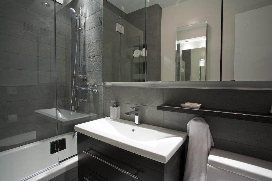 Bathroom Small Modern Bathroom Eas Small Bathroom Decorating Eas...