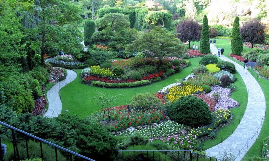 Most beautiful gardens in the world photos for Most beautiful flower gardens in the world