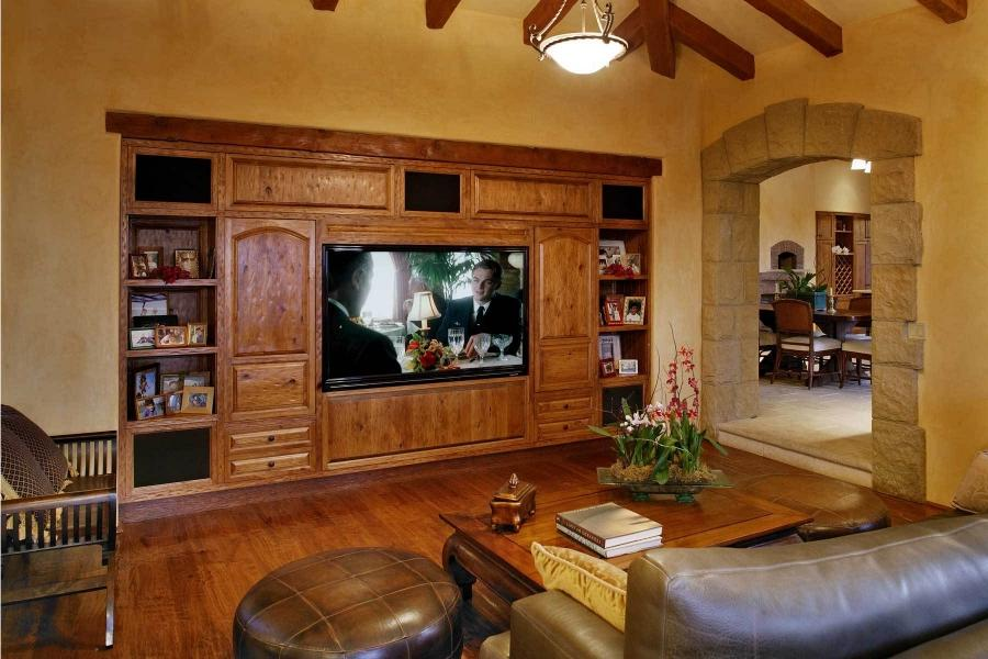 Tuscan living room photos