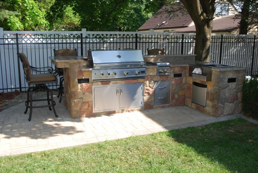 photos of outdoor kitchen