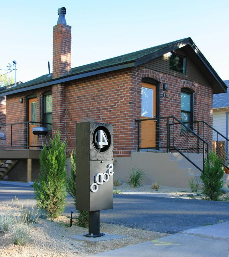 Haberae Small Houses In Reno: Small Brick House Photos
