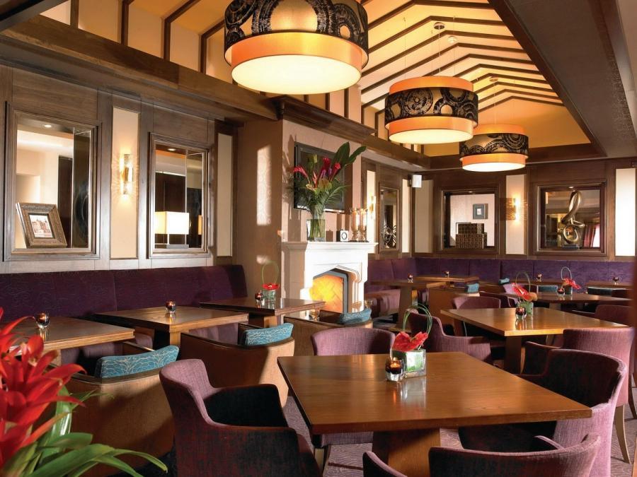 Interior design restaurants photos