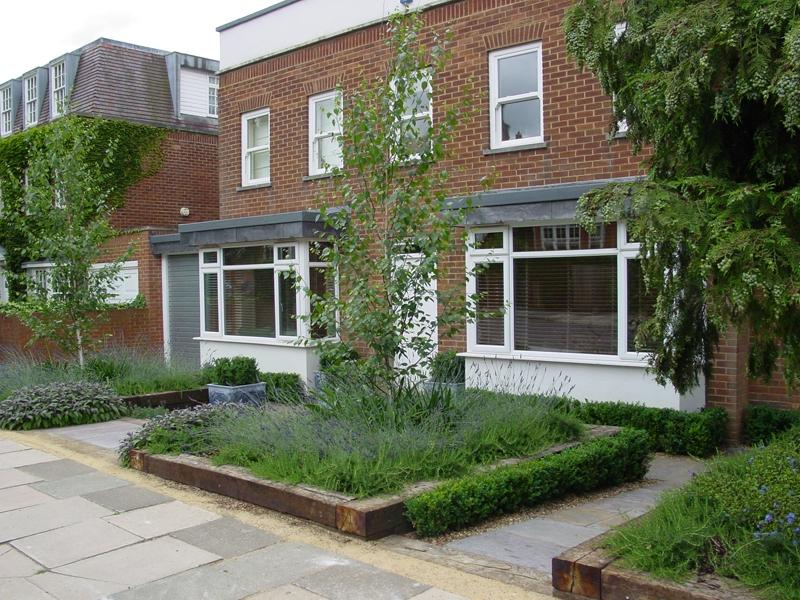 photos of modern front gardens