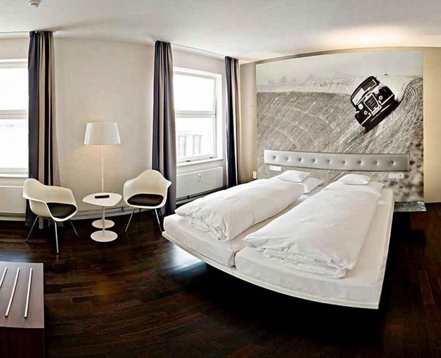 Contemporary Luxury Bedroom Decoration In Hotel Foto With Natty...