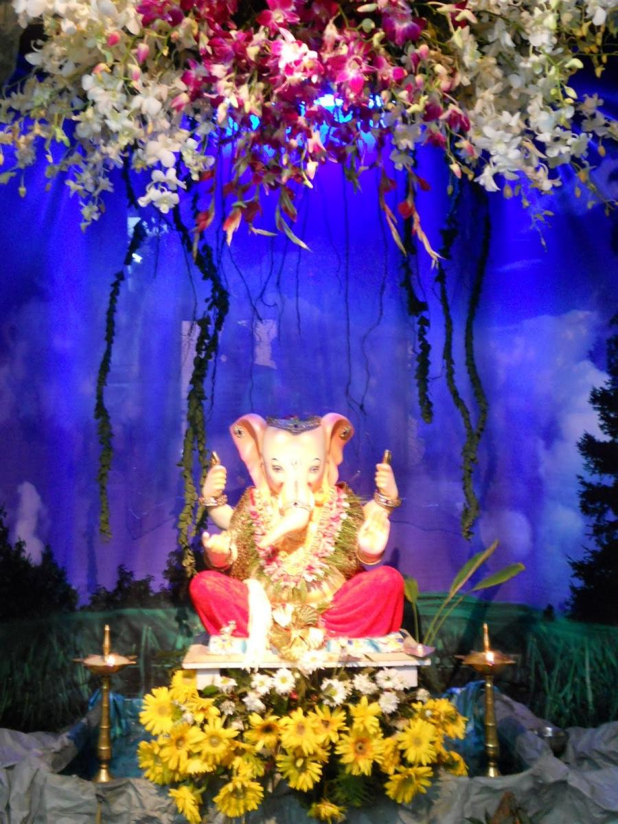 Ganpati decoration home photo for Decorations of ganpati for home