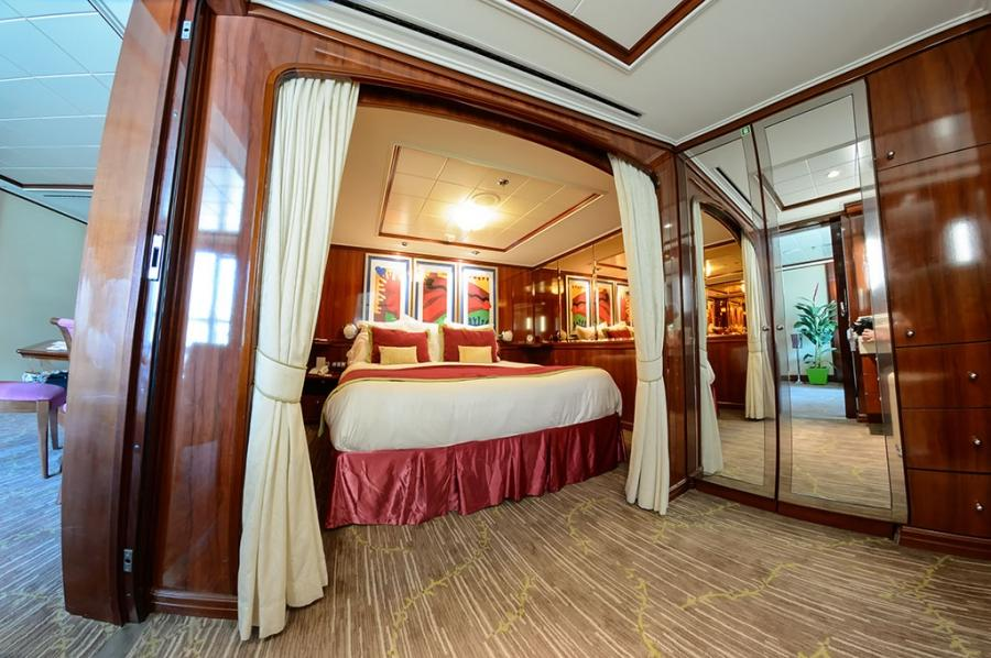 Norwegian pearl balcony room photos for Alaska cruise balcony room