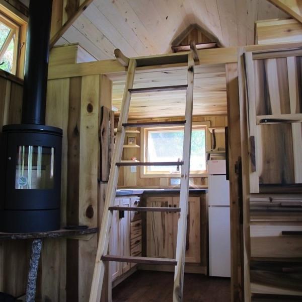 Tiny house interior photos for Tiny house photo gallery