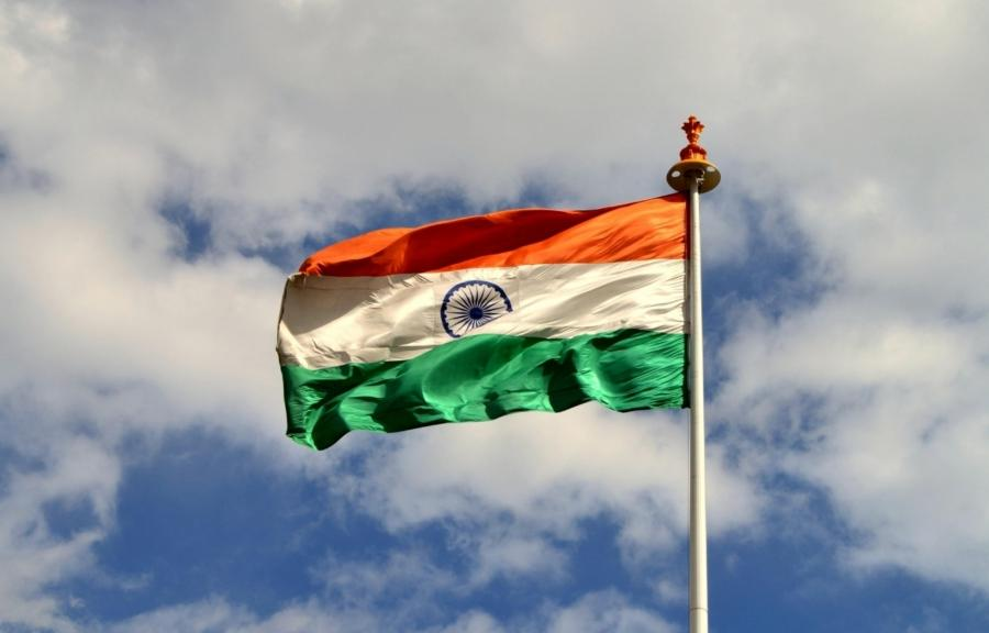 Indian Flag Flying Wallpaper: Photos Of Indian Flag & Wallpapers
