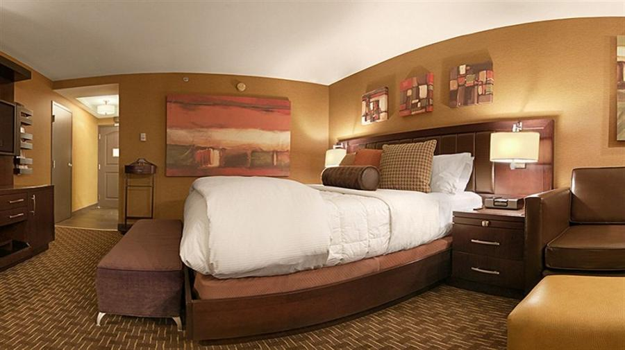 Golden Nugget Room Photos