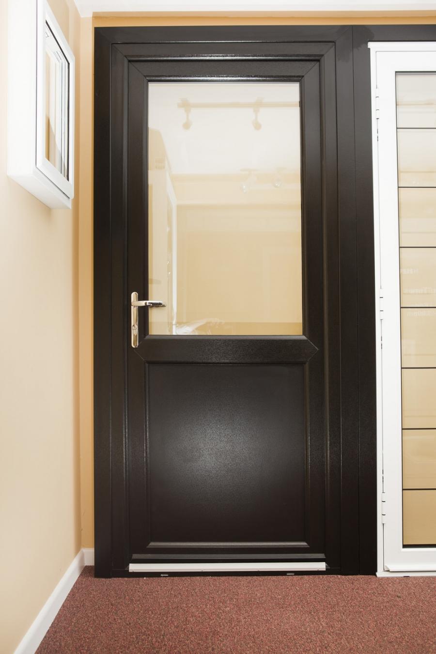 Back Door Black Babes Photos