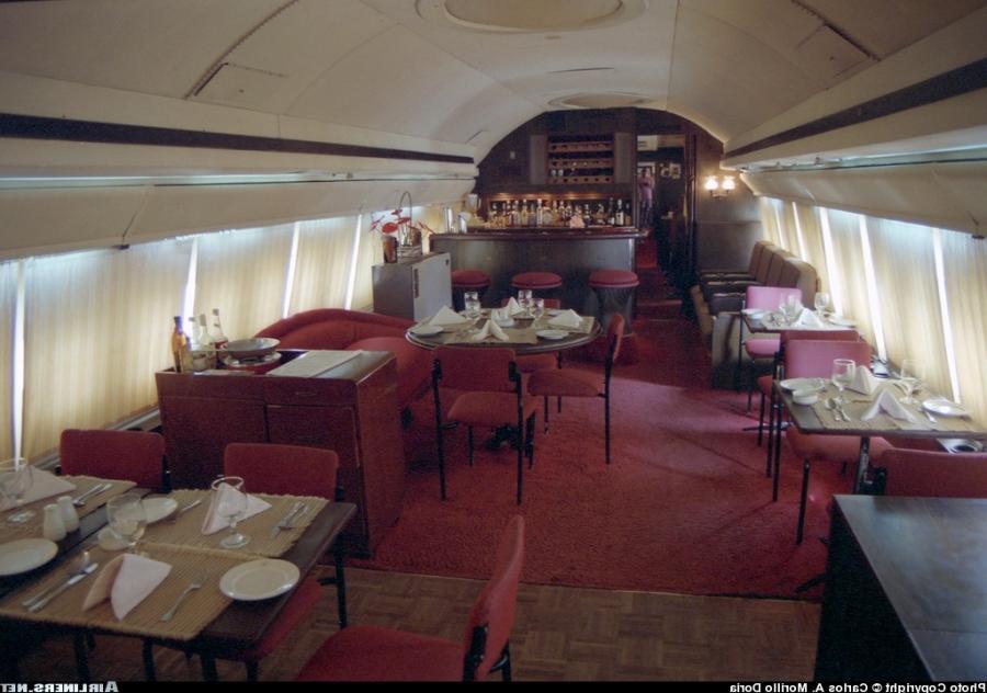 Boeing 707 Interior Photos