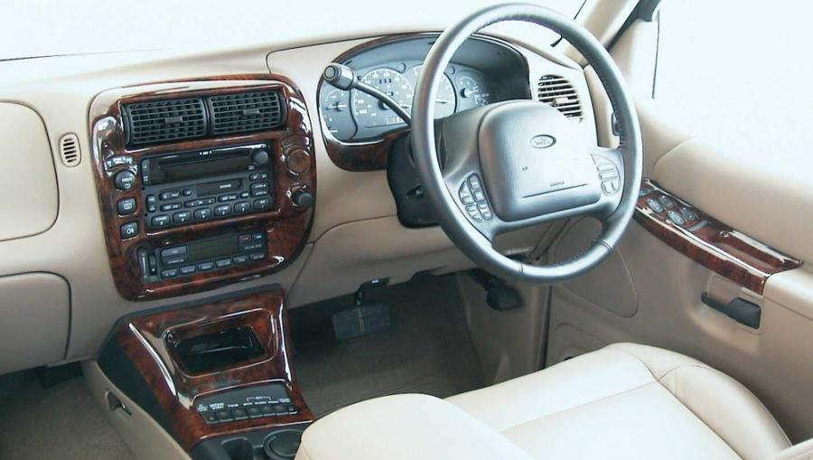 1999 Ford Explorer Interior Photos
