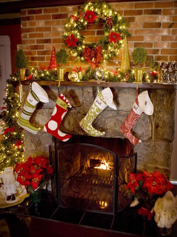 p.s. Check also out these christmas mantel decoration ideas that...