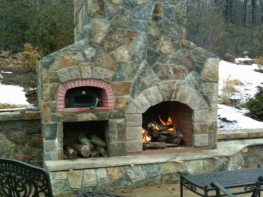 Outdoor Fireplace Oven Photo