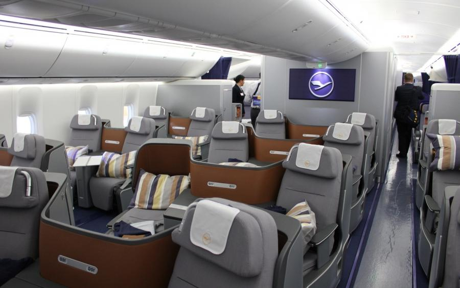 Interior Photos Of Boeing 747 8