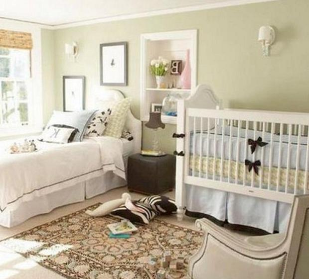 Small bed cradle photo - Baby gear for small spaces style ...