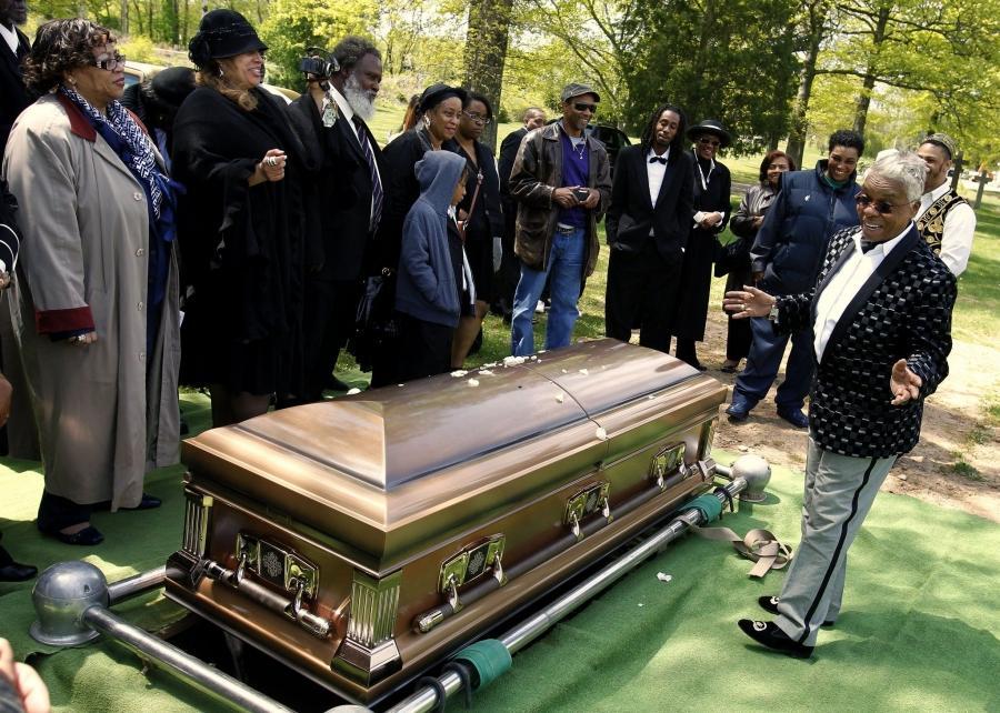 the gallery for gt whitney houston dead body in casket open