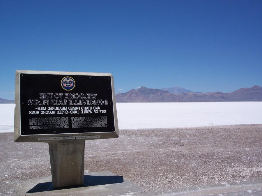 File:Bonneville Salt Flats viewed from I-80.jpg