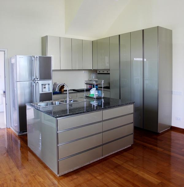 Kitchen cabinet design singapore photo gallery for Kitchen cabinet packages