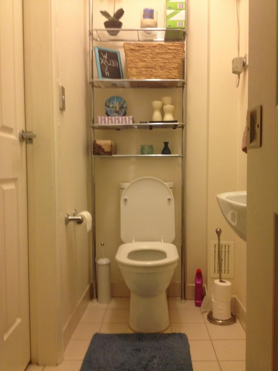 Small powder room design photos for Small toilet room design