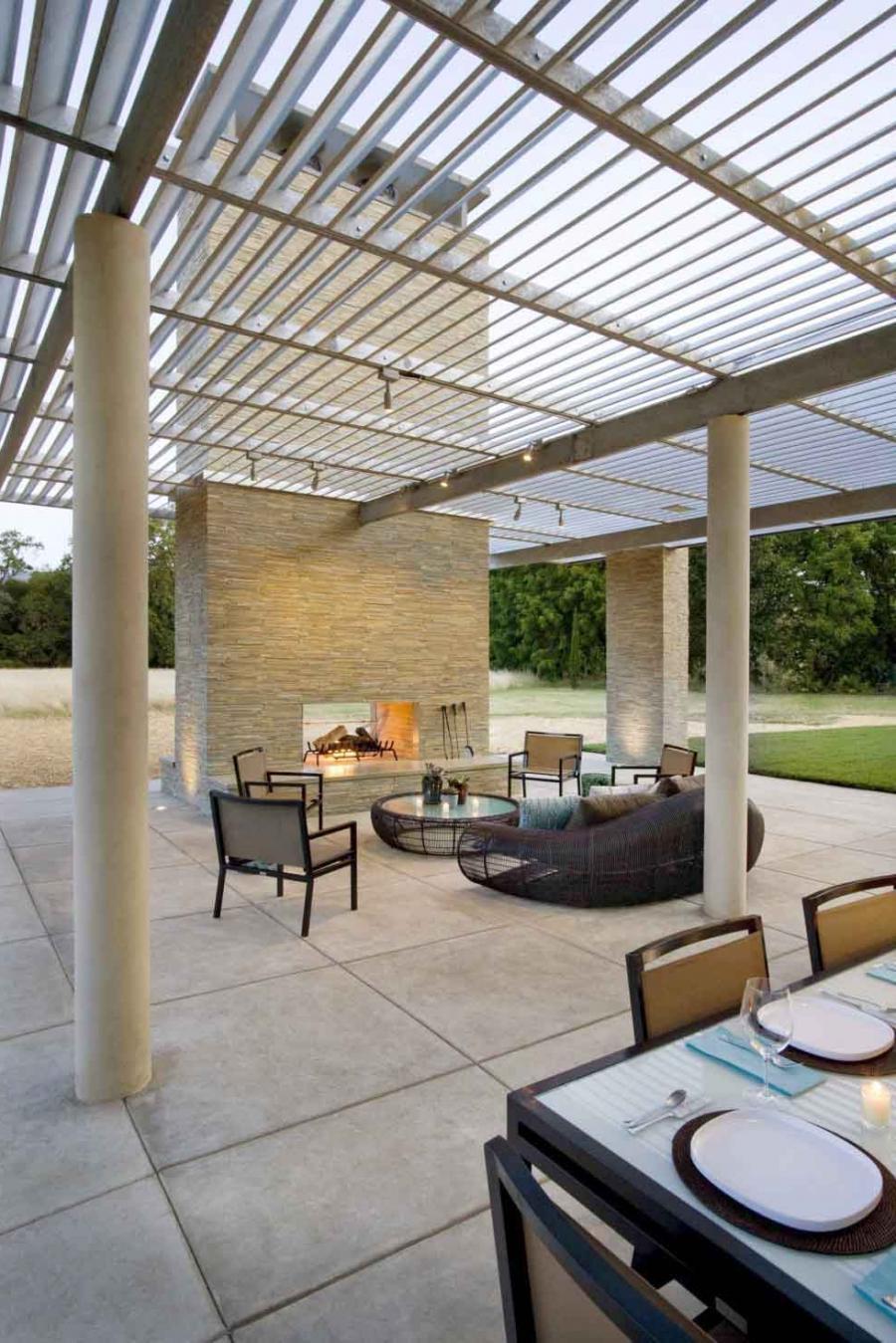 Backyard Living Source : outdoor living room furniture stunning living room design ideas