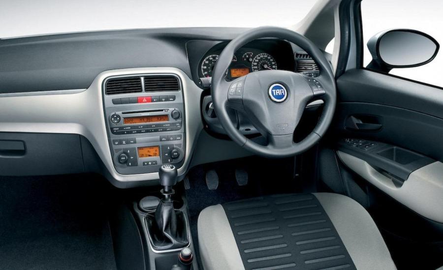 Grand punto photos interior for Fiat grande punto interieur