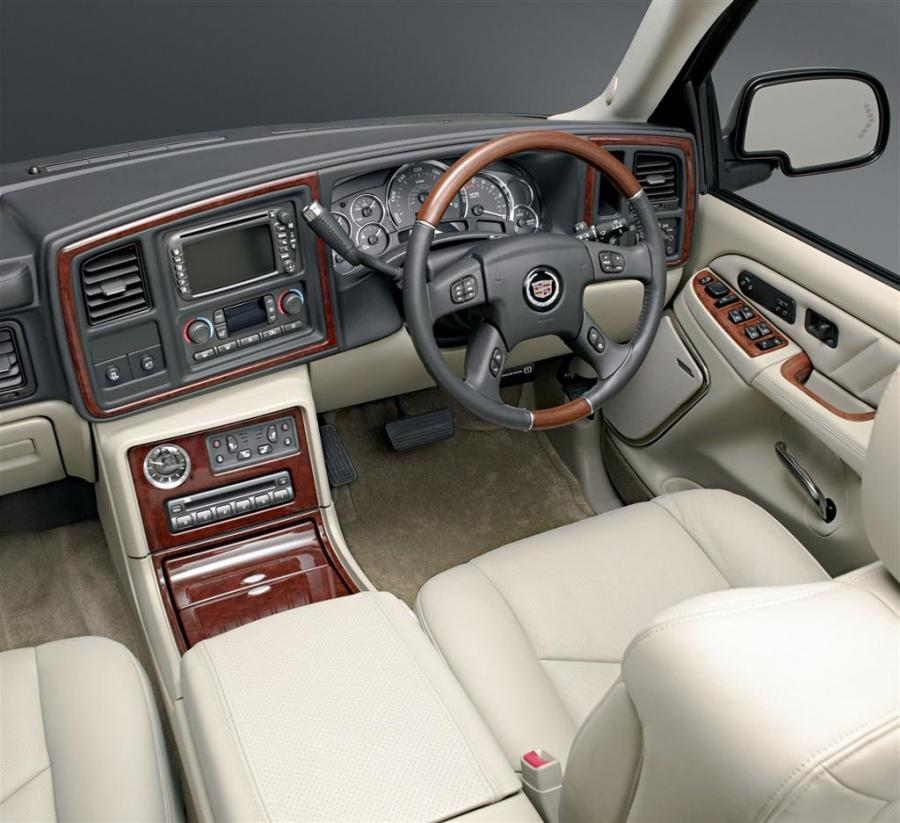 2006 Chevy Tahoe Interior Photos