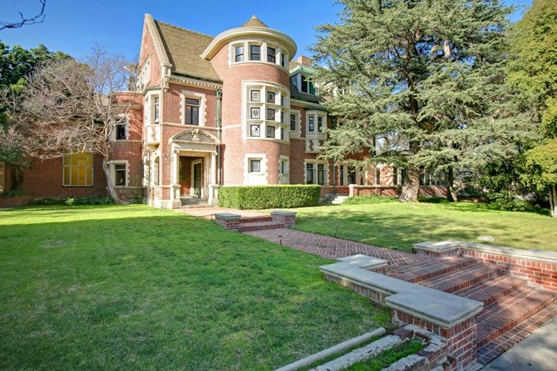 American horror story house for sale photos for 4 story house for sale