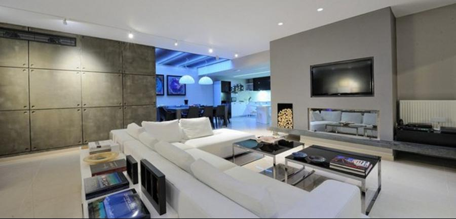white sofa in modern apartment Tectus