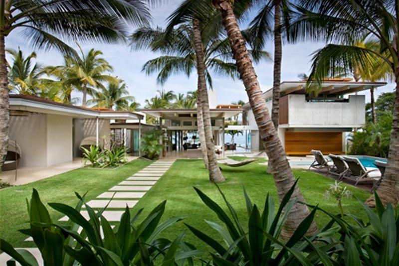 Tropical House Design Photos
