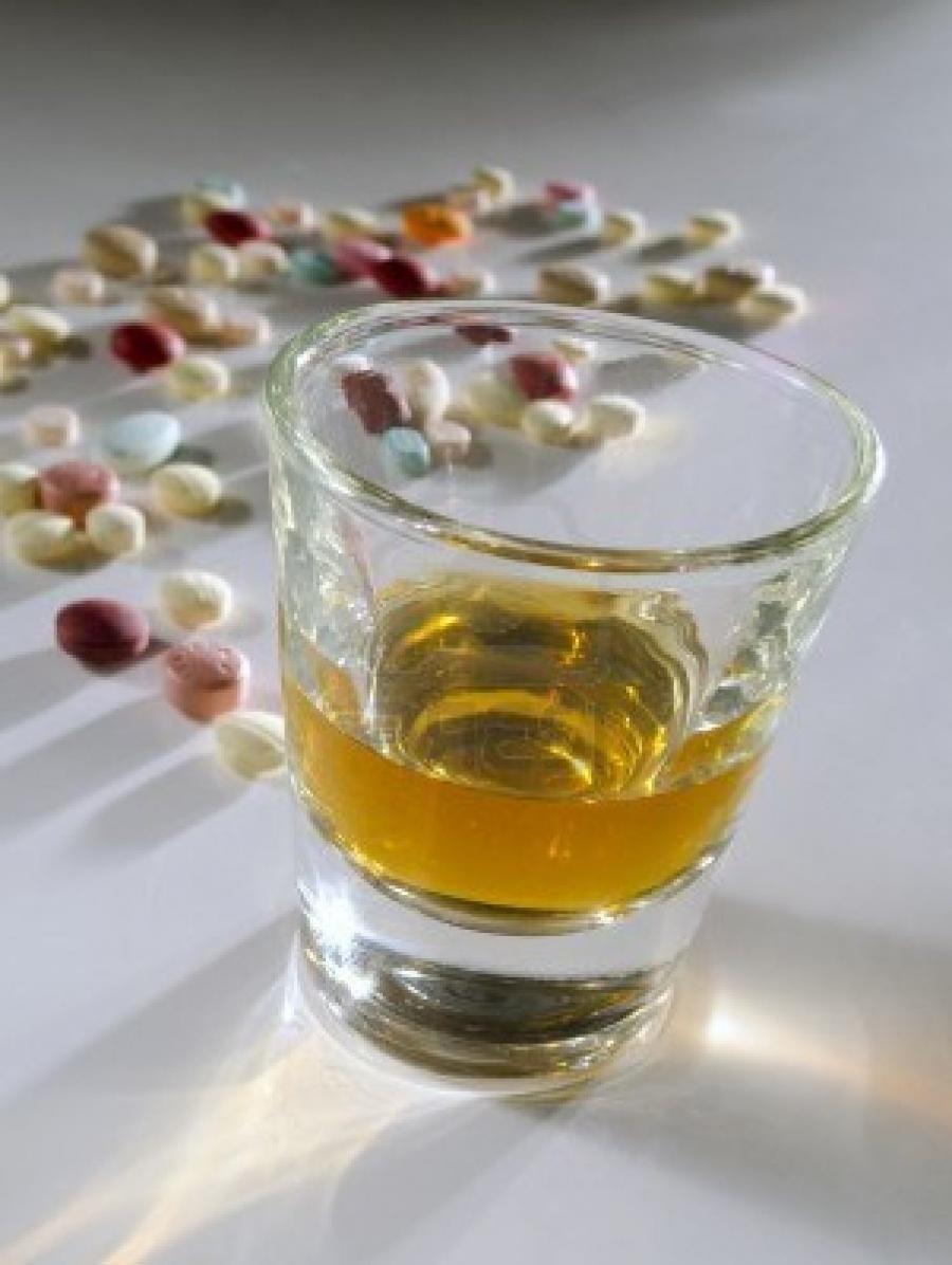 Лечение алкоголизма без ведома больного: средства 77
