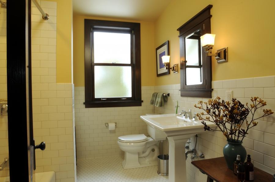 Craftsman Style Bathroom Photos