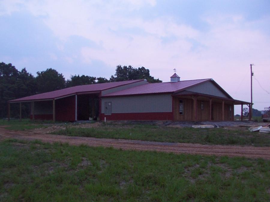 Pole frame house photos for Pole frame homes