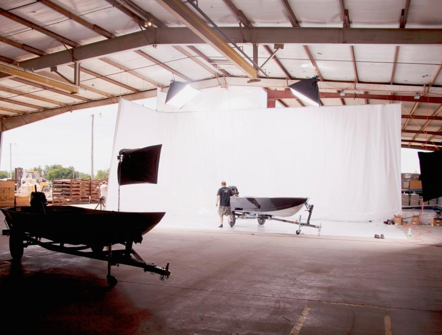 Retractable Photo Backdrop Wall Or Ceiling Mounted