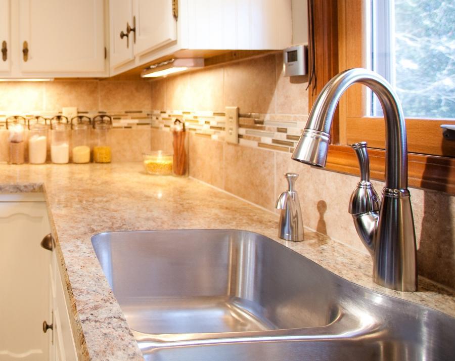 Kitchen laminate countertops photos