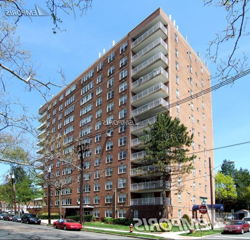Imperial House Apartments: Imperial House Photo