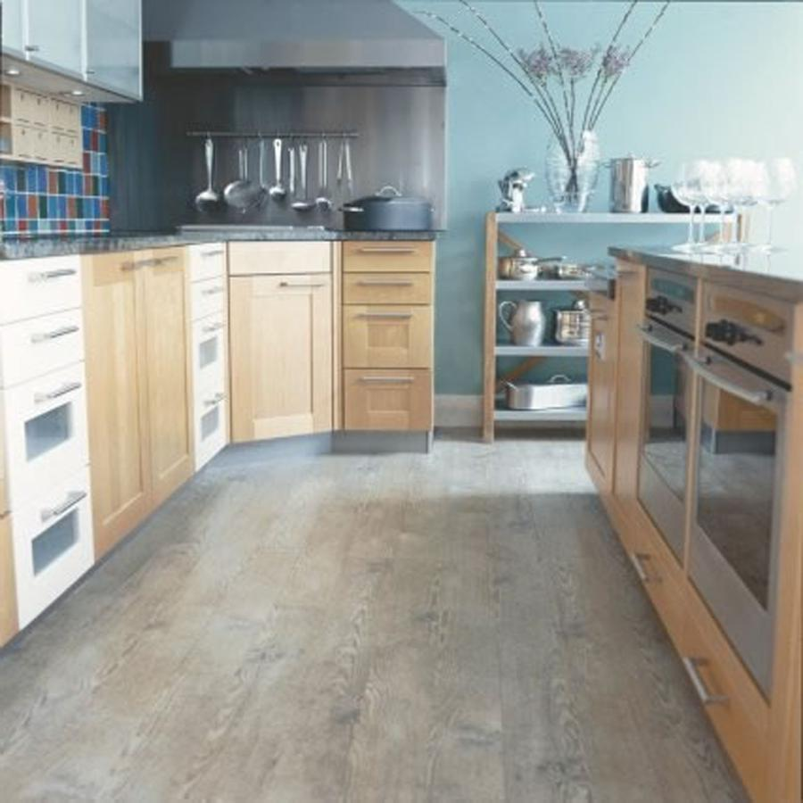 Photo kitchen floor for Kitchen flooring ideas